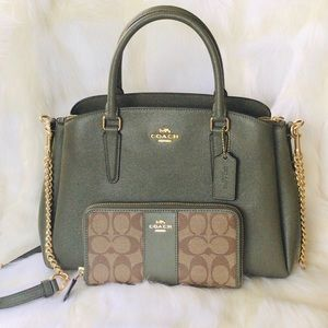 coach sage carryall military green & wallet set